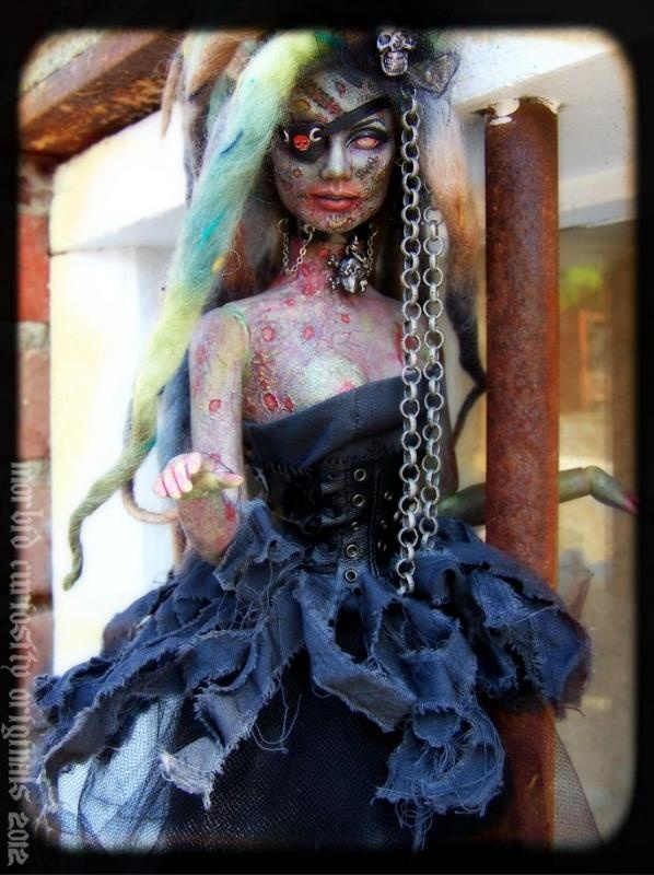 141 best Deadly Dolls images on Pinterest | Scary dolls, Halloween ...