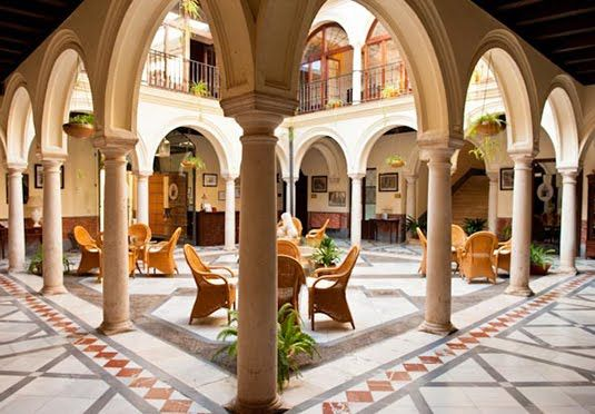 An 18th century andalucian mansion on one of europe 39 s most for Interior design 77379