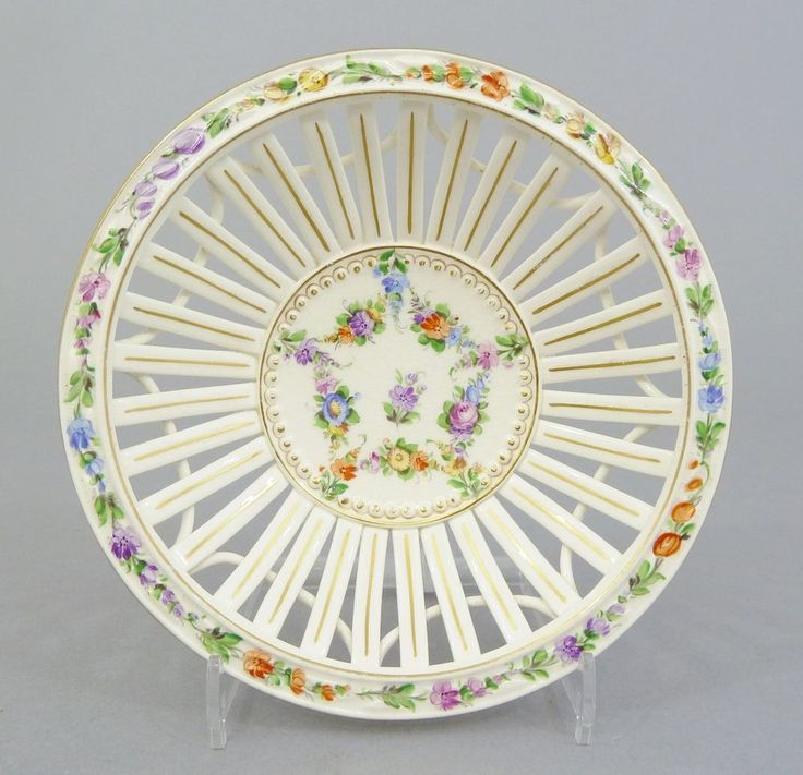 17 best images about doras porcelain on pinterest vienna for Runde abzugshauben
