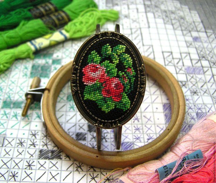"""Купить Браслет с микровышивкой """"Розы"""" - микровышивка, цветы, вышивка ручная, петит поинт, petit point"""