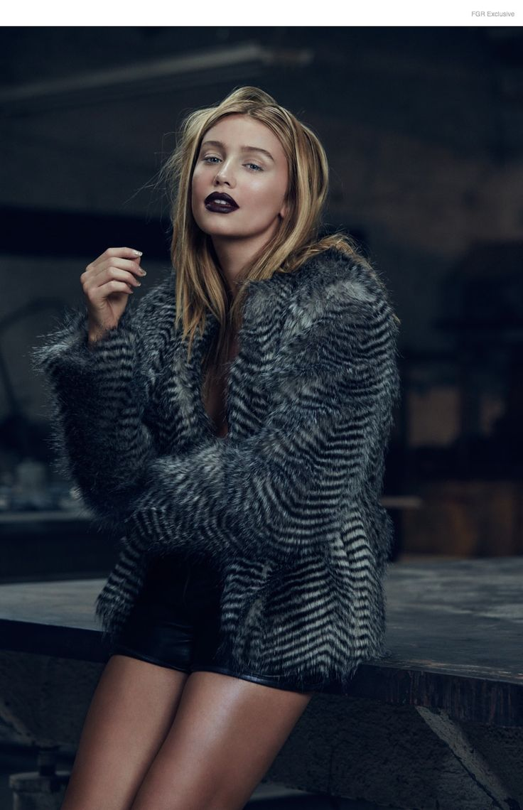 Cailin Russo by Aaron Smith 5 Pocket Leather Shorts Burning Torch by Karyn Craven, Black Stripes Fur Jacket Mango Premium, Lace-up Booties Greymer Italia