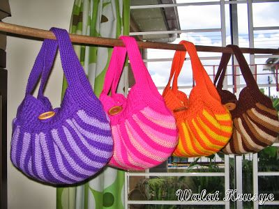 Free Crochet Pattern Fat Bottom Bag : Walai Krusye: Fat Bottom Bag Crochet tutorials and free ...