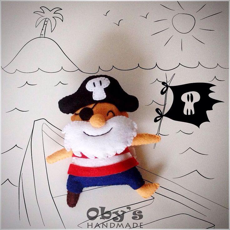 Felt pirate - Crib mobile - Baby decor - #obyshandmade