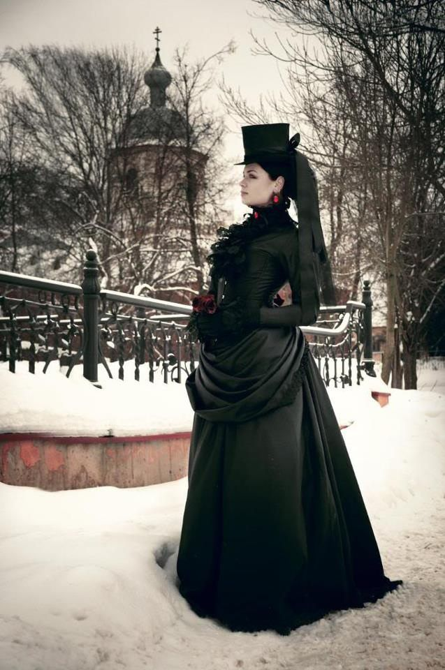 Готическая девушка#винтаж #готическая девушка #викторианская мода #готическое искусство