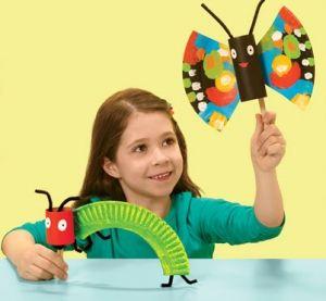 Raupe und Schmetterling aus Papptellern