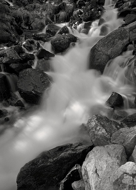 mamiya 7 / 43 - Estany de Sant Maurici National Park, Pyrenees (Spain) / Pyrenäen, Spanien by bildwunsch, via Flickr