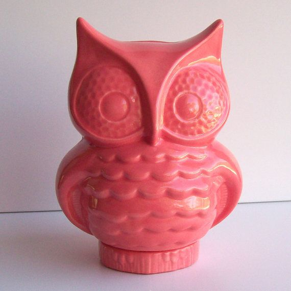 Ceramic Owl Bank Vintage Design in Pink from fruitflypie