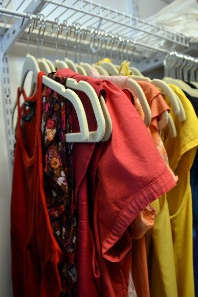 How Do I Move Hanging Clothes? DIY Corner