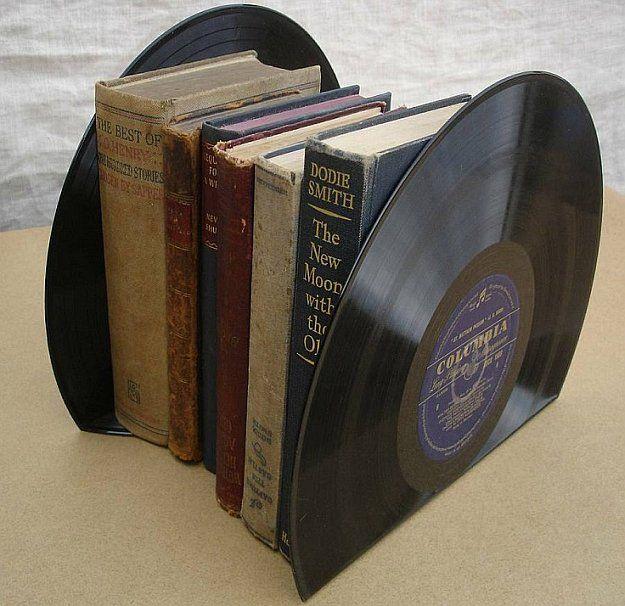 25+ Best Ideas About Vinyl Record Display On Pinterest