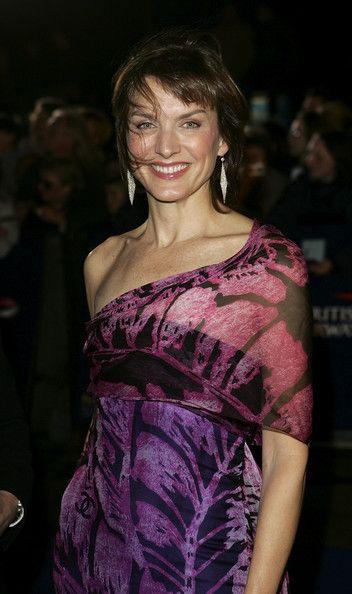 Fiona Bruce Photos - National Television Awards 2005 - Arrivals - Zimbio