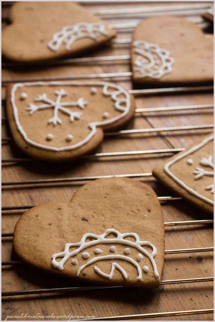 https://panelibrietnuvole.wordpress.com/2014/12/25/gingerbread-cookies-biscotti-di-pan-di-zenzero/