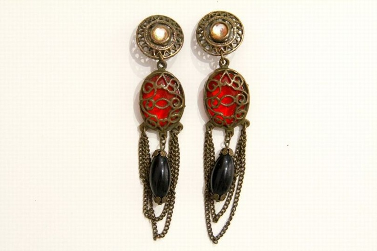 Unique Vintage earrings!