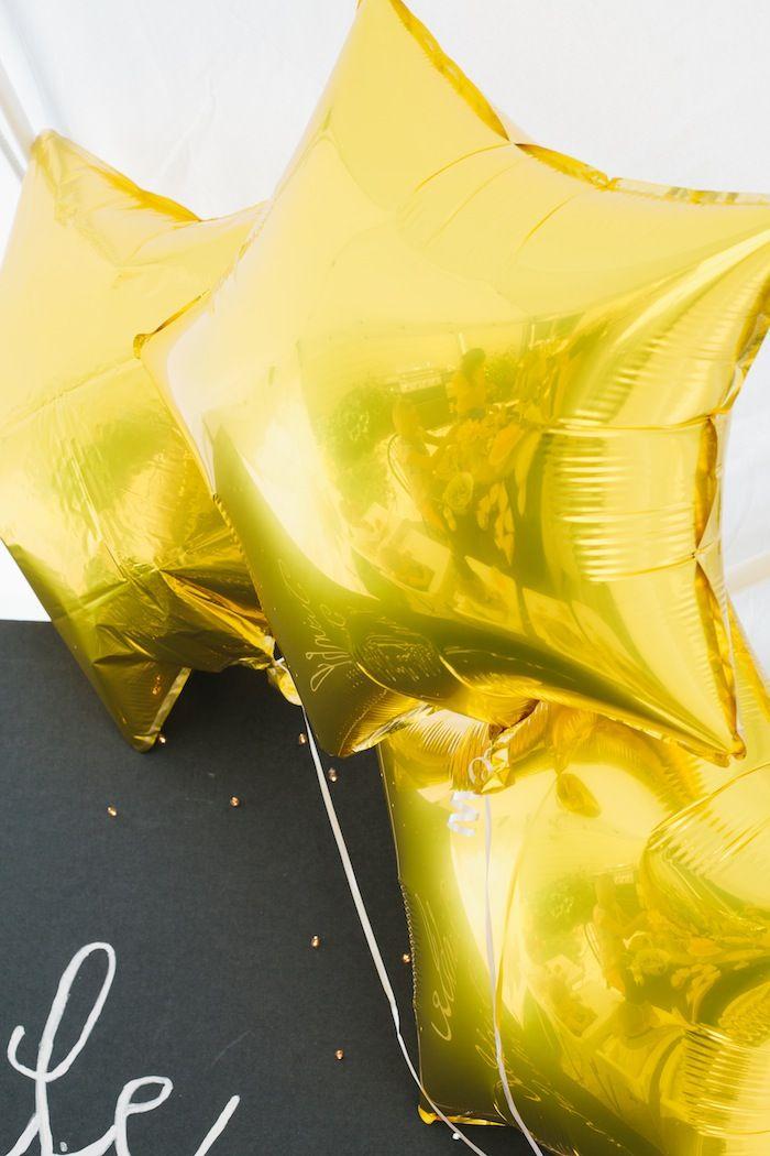 """Twinkle Twinkle Little Star"" Inspired Birthday Party with SUCH CUTE IDEAS via Kara's Party Ideas Kara Allen KarasPartyIdeas.com #StarParty ..."