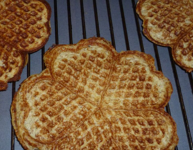 Love hot waffles with butter