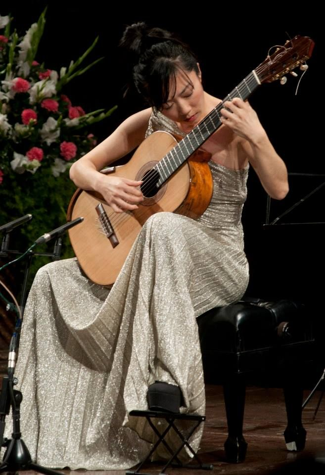 Xuefei Yang during her Classical Guitar recital at Experimental Theatre.
