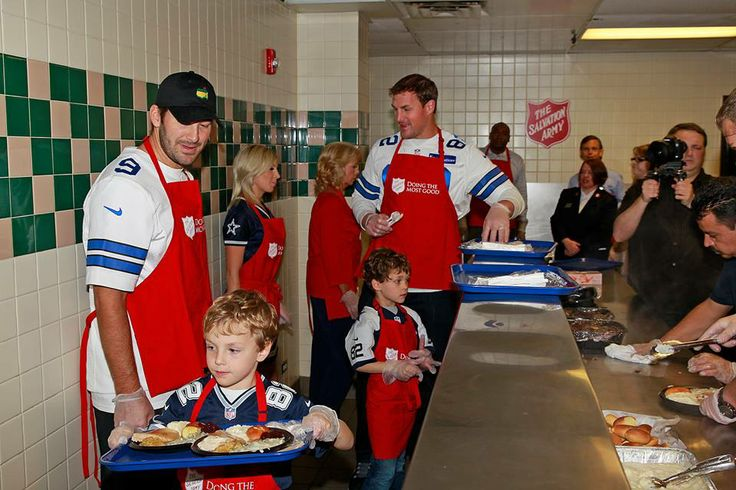 Even though I hate the Salvation Army and will never support them (their anti-gay stance and refusal to provide HELP to those who need it if they are LGBTQ and their DISCRIMINATION).... I still love my Dallas Cowboys and Jason Witten with his adorable kids helping out during Thanksgiving with Tony Romo #Witten #CJWitten #Jason #tony #romo #cowboys #dallas