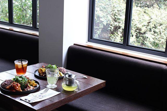 glougloureefur:週末の美味しい時間をお愉しみください。 . #GLOUGLOUREEFUR#MAISONDEREEFUR#daikanyama#tokyo#nagoya#cafe#lunch#dinner#dessert#coffee#food#healthy#deli#takeout#代官山#東京#名古屋#カフェ#ランチ#ディナー#デリ#デザート#テイクアウト#コーヒー#グルグルリーファー#REEFURWEB 2017/11/18 12:28:58