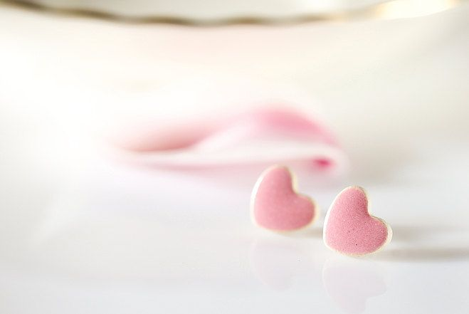 "www.polandhandmade.pl #polandhandmade #ceramika #zudesign  Pink heart earrings. Small stud earrings, ceramic studs 0.4"" 10mm Pink ceramic stud earrings on sterling silver posts. Pink ceramic hearts. by ZuDesignJewelry on Etsy"