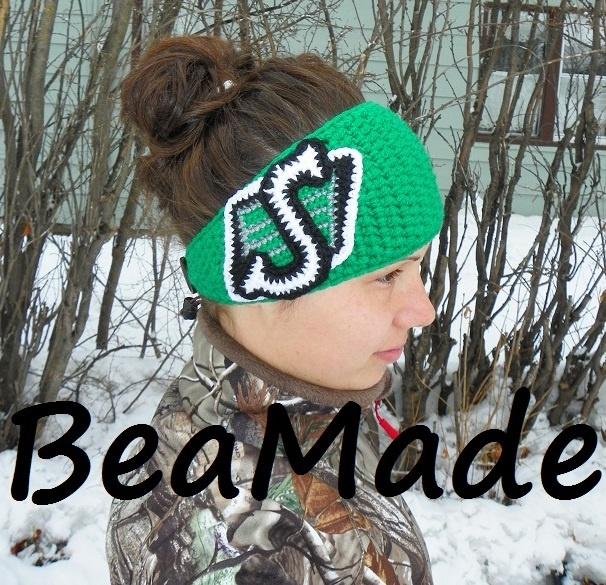 Saskatchewan Roughriders team fan headwrap by BeaMade OMG where can i get one of these!?