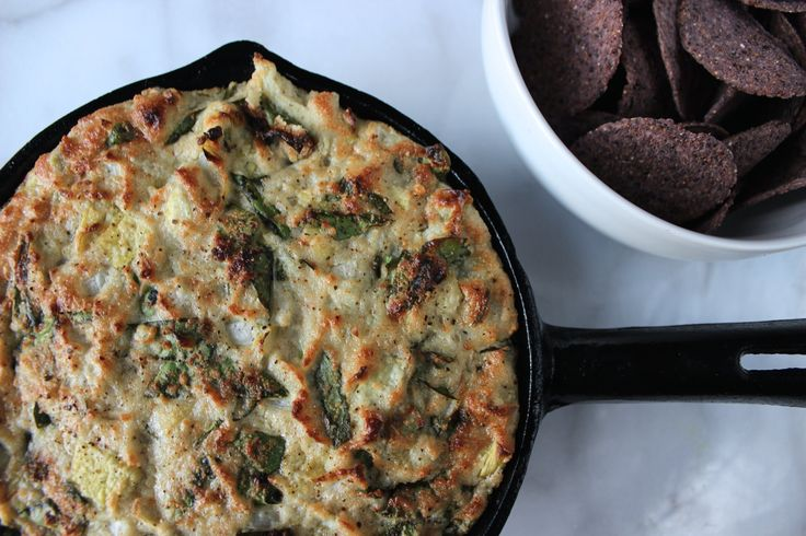 Healthy & Hot Spinach & Artichoke Dip!