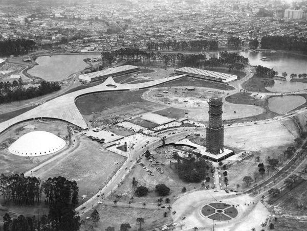 Inauguração do Parque Ibirapuera em 1954