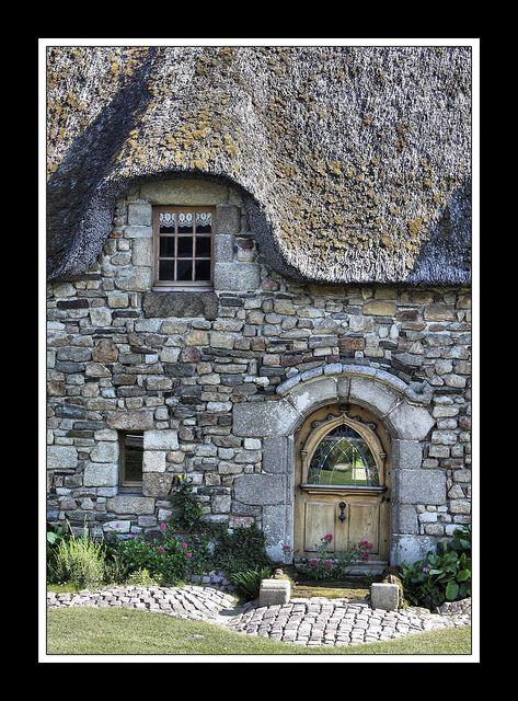 chaumière bretonne by Papyricko, via Flickr