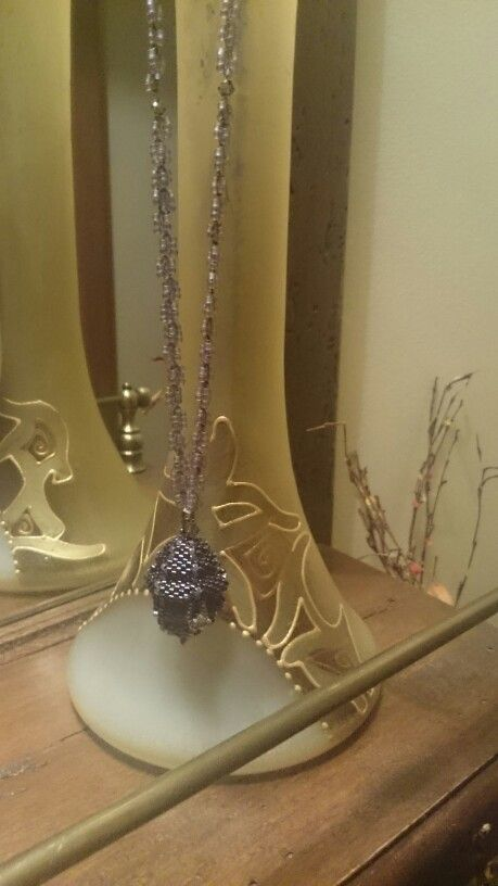 Colier realizat cu margelute Toho, Miyuki si cristale Swarovski