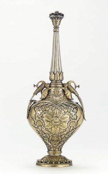 silver and gold bottle silver plata en el mundo. Black Bedroom Furniture Sets. Home Design Ideas