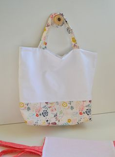 DIY Un tuto sac cabas. (http://maptitepaupiette.com/2015/04/tuto-sac-cabas-couture/)