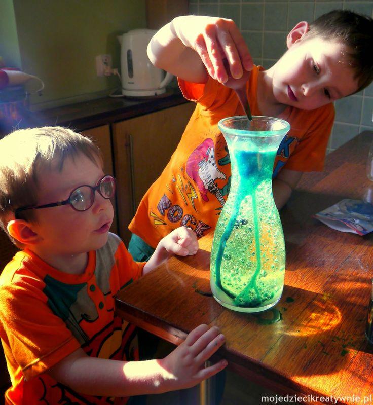 Moje Dzieci Kreatywnie: Chemiczne jojo oraz 10 innych eksperymentów