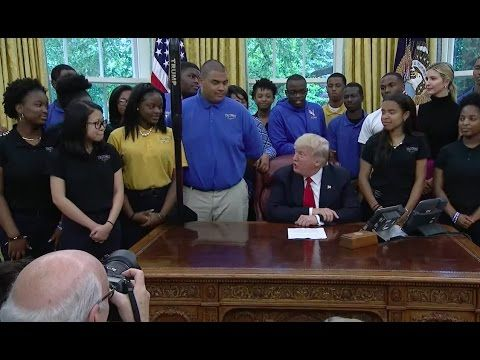 President Trump Welcomes the Victory Christian Center School Model Rocket Team 5/12/17 - YouTube