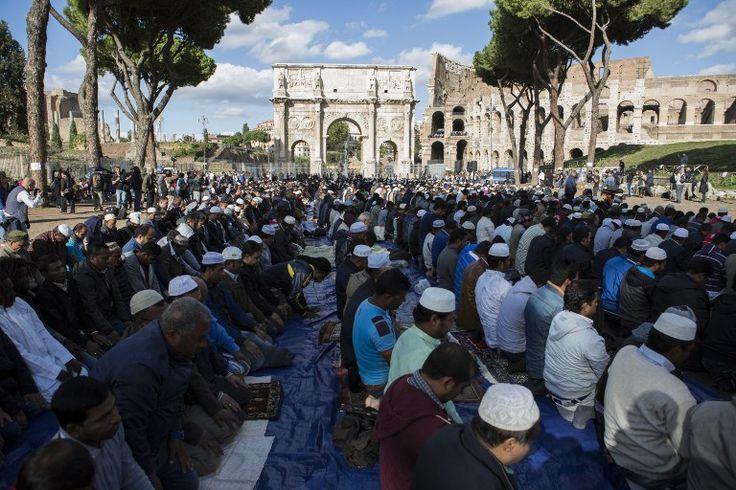 Olasz érsek: mindenki muszlim lesz Európában a hülyeségünk miatt | VilágLátó Hírmagazin