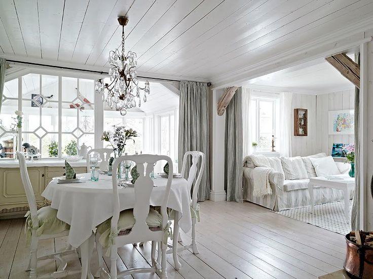 Resultado de imagem para casa de madeira branca sueca