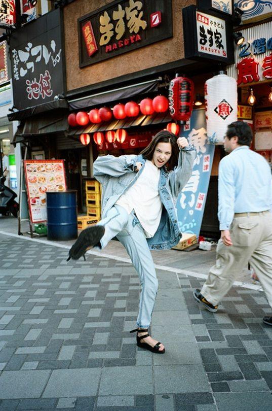 Kiko Mizuhara (Audrie Noriko Daniel) Actriz, modelo, cantante y diseñadora estadounidense con ascendencia coreana pero vive en Japón.