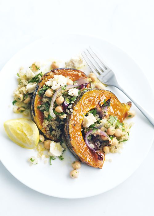 veganfeast:  in-my-mouth:  Roasted Pumpkin, Feta and Quinoa Salad  Use vegan cheese!