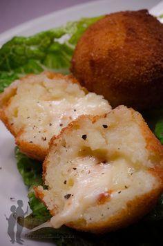Cromesquis de pommes de terre au fromage à raclette | Piratage Culinaire