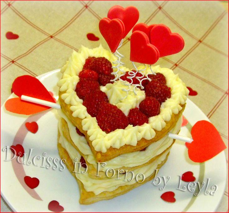 Millefoglie al cioccolato bianco, lamponi e amore, ricetta San Valentino