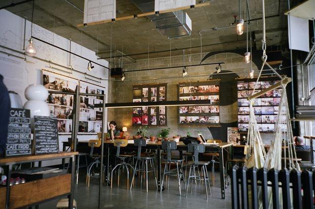 http://www.flickr.com/photos/akikotakahasha/5917339646/