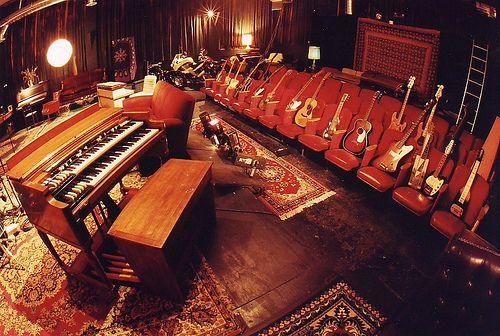 Daniel Lanois- Guitars in El Teatro