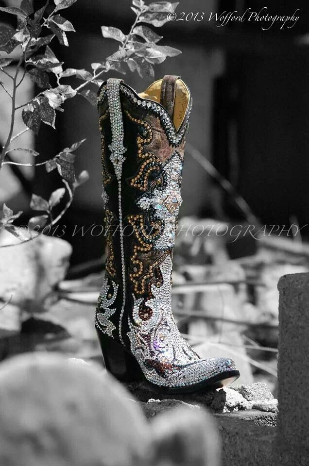 Oh my goodness ... would never wear but totally cute!  Jacqi bling swarovski cowgirl boots - Brooke Latka's fabulous boots!
