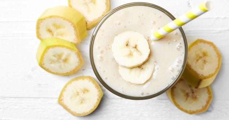 Pripravte si recept na Banánový koktail so zmrzlinou s nami. Banánový koktail so zmrzlinou patrí medzi najobľúbenejšie recepty. Zoznam tých najlepších receptov na online kuchárke RECEPTY.sk.