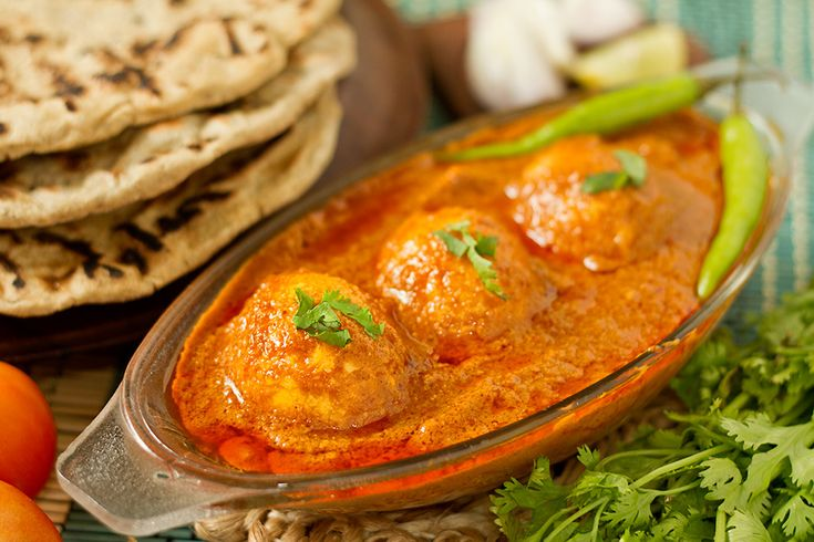 Kolhapuri Egg Curry is a spicy egg curry from the Kolhapur the western region of Maharashtra. Kolhapur is known for it's spicy cuisine.