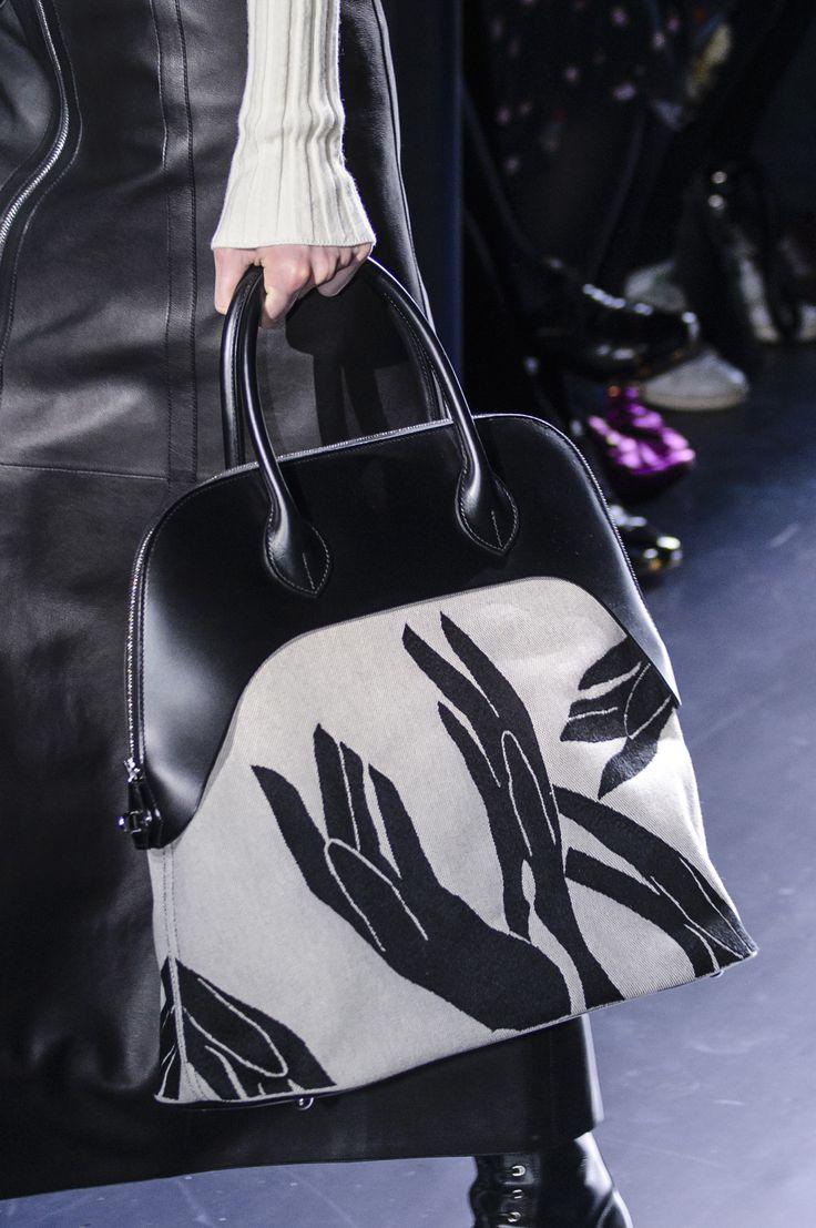 Hermès Fall 2017 Fashion Show Details - The Impression