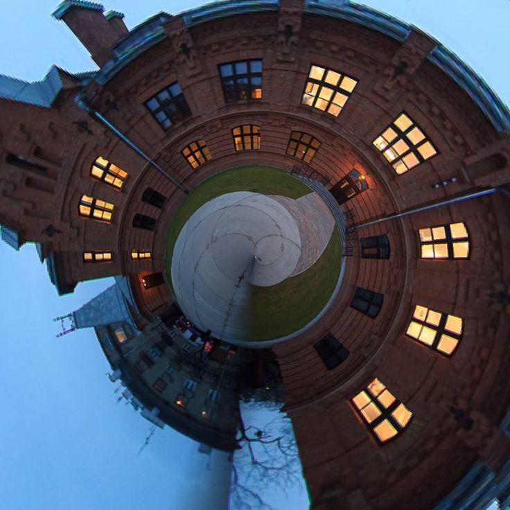 Budynek Kordegardy. Pierwszy zrewitalizowany obiekt na terenie Konesera #koneser #centrumpraskiekoneser #praga #warszawa