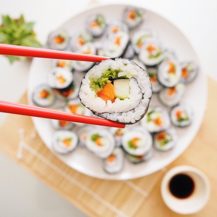 RECIPE | VEGGIE SUSHI (VEGAN)