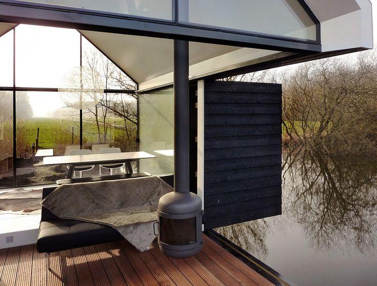 Recreatie woning op een eiland  Meer tuin- en interieurinspiratie vind je op Walhalla.com