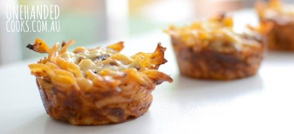 spaghetti bolognese muffins. Want to try these soon.