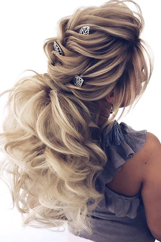 24 verbluffende Prom-kapsels voor lange haren  #
