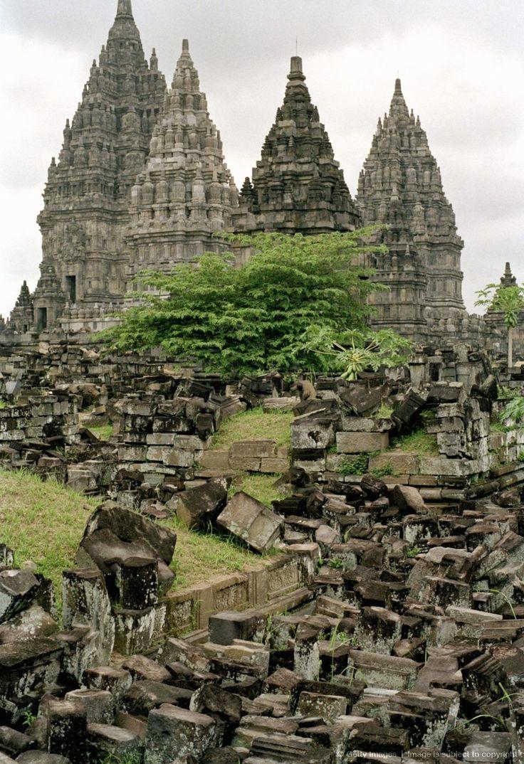 Hindu temples of Candi Prambanan, UNESCO World Heritage Site, Yogyakarta region, island of Java, Indonesia, Southeast Asia, Asia
