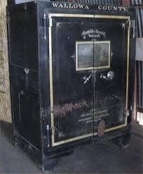 54 Best Antique Safes Images On Pinterest Boxes Belgium